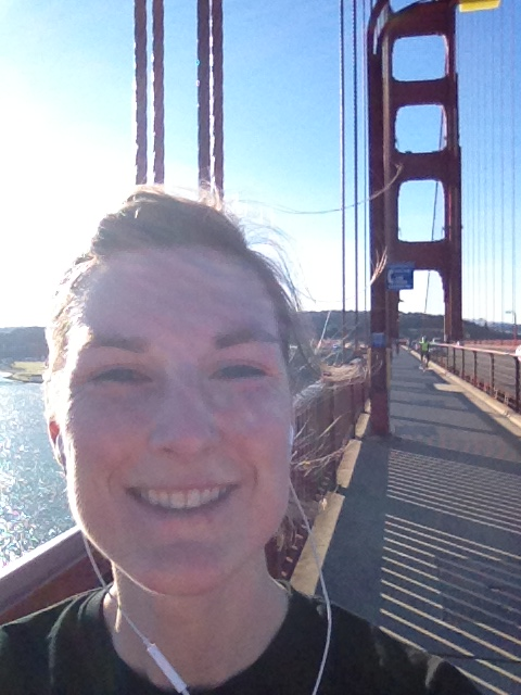 running golden gate bridge